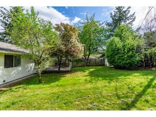 """Photo 15: 1427 160A Street in Surrey: King George Corridor House for sale in """"Ocean Village"""" (South Surrey White Rock)  : MLS®# R2453736"""