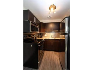 Photo 8: 2 Carriere Avenue in Winnipeg: Condominium for sale (2D)  : MLS®# 1630024