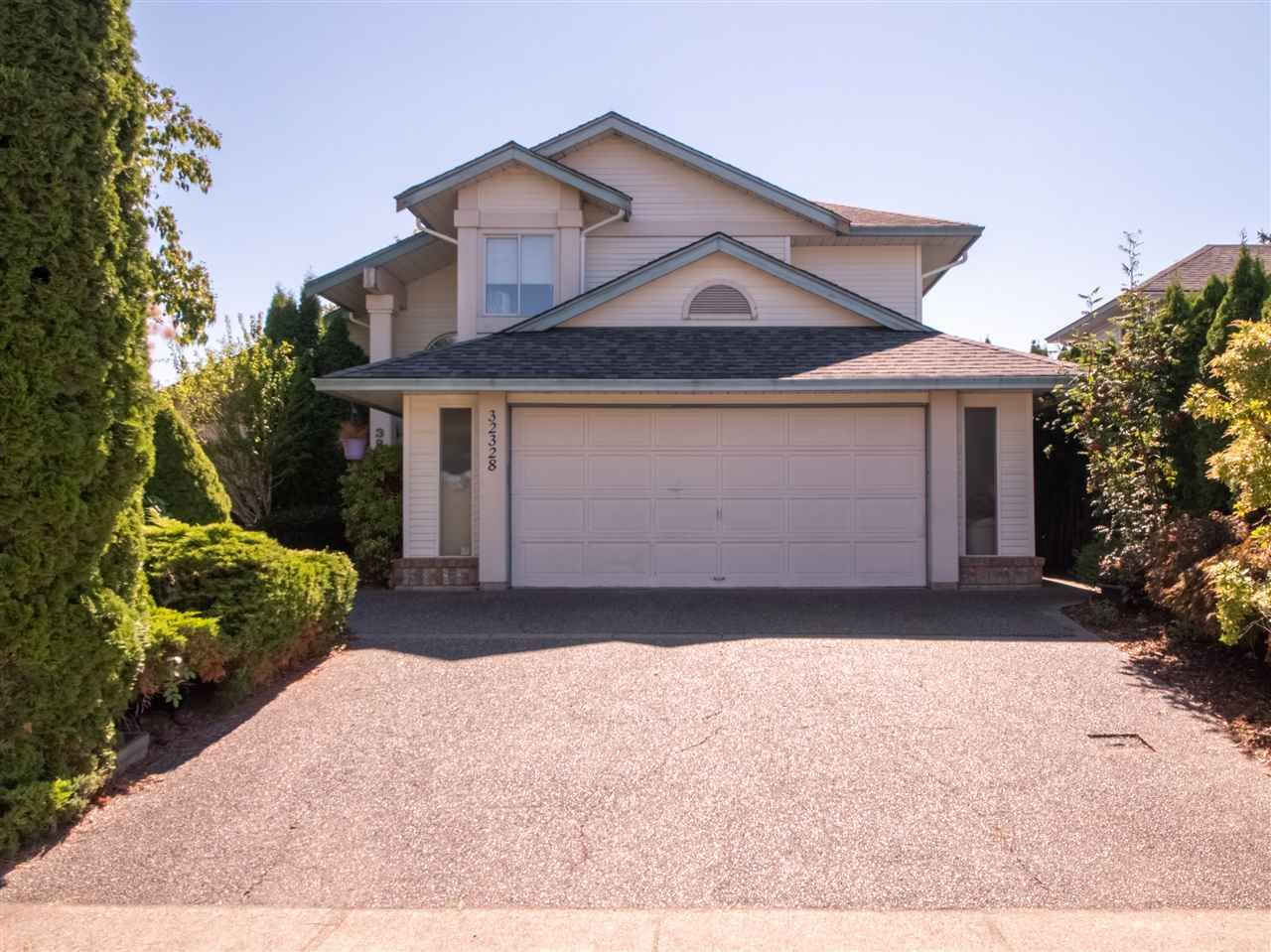 Main Photo: 32328 SLOCAN DRIVE in : Abbotsford West House for sale : MLS®# R2496768