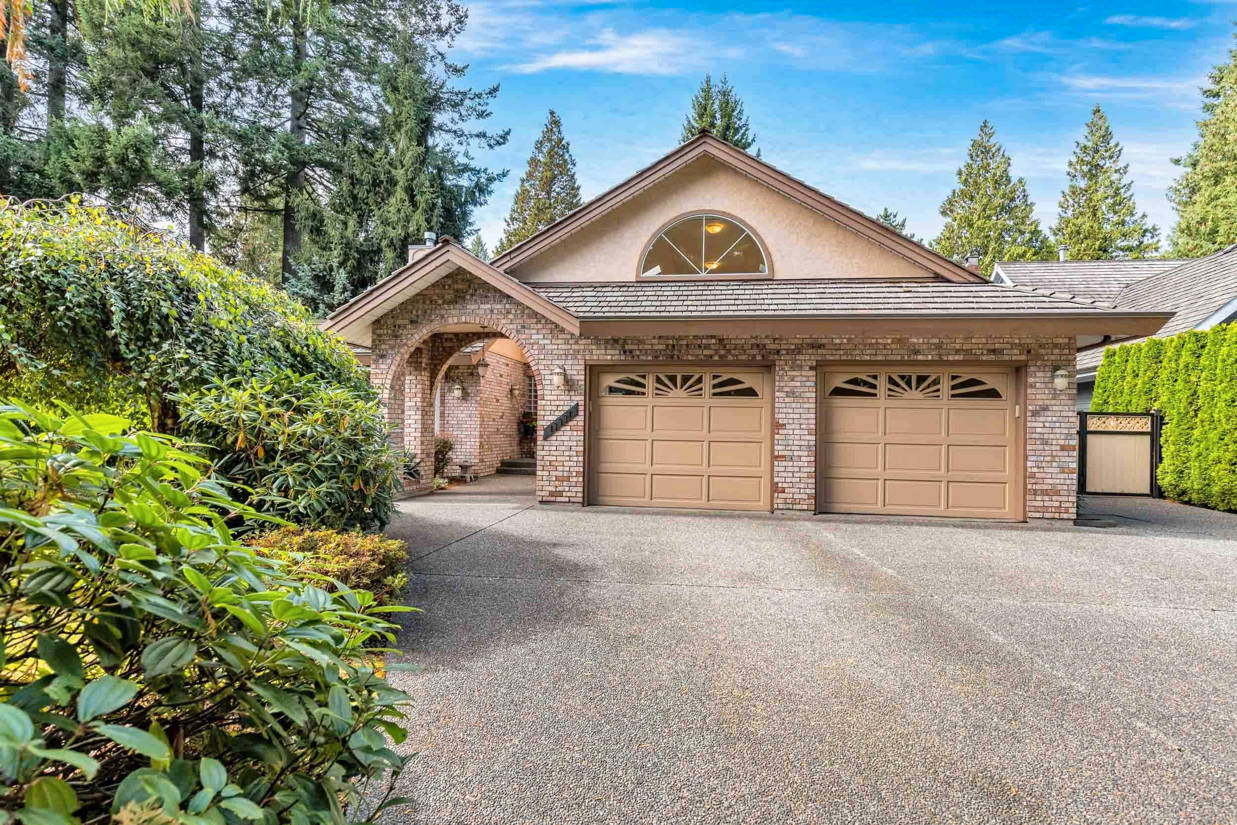 """Main Photo: 13331 17A Avenue in Surrey: Crescent Bch Ocean Pk. House for sale in """"Amble Greene"""" (South Surrey White Rock)  : MLS®# R2619025"""