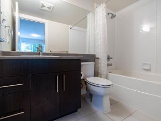 "Photo 14: 127 8915 202 Street in Langley: Walnut Grove Condo for sale in ""THE HAWTHORNE"" : MLS®# R2474456"