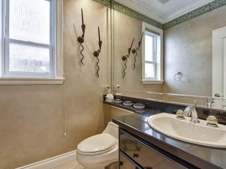 Photo 18: 2408 W 20TH Avenue in Vancouver: Arbutus House for sale (Vancouver West)  : MLS®# R2439079