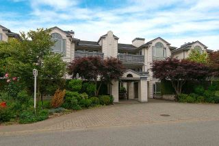 """Photo 1: 208 19121 FORD Road in Pitt Meadows: Central Meadows Condo for sale in """"EDGEFORD MANOR"""" : MLS®# R2075500"""