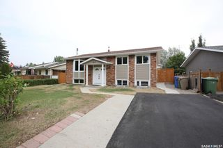 Photo 3: 103 McSherry Crescent in Regina: Normanview West Residential for sale : MLS®# SK866115