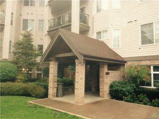 Photo 2: 105 4745 54A Street in Adlington Court: Home for sale : MLS®# V1113436