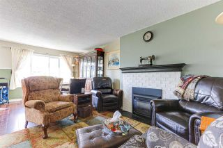 """Photo 4: 6 46085 GORE Avenue in Chilliwack: Chilliwack E Young-Yale Townhouse for sale in """"Sherwood Gardens"""" : MLS®# R2585695"""
