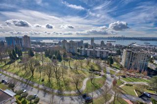 Photo 3: 1502 160 W KEITH Road in North Vancouver: Central Lonsdale Condo for sale : MLS®# R2243930