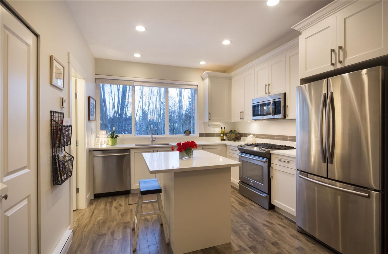 """Main Photo: 39 3039 156 Street in Surrey: Grandview Surrey Townhouse for sale in """"Niche"""" (South Surrey White Rock)  : MLS®# R2138290"""