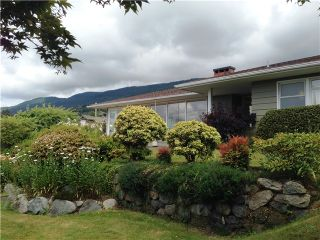 """Photo 11: 2095 MATHERS Avenue in West Vancouver: Ambleside House for sale in """"AMBLESIDE"""" : MLS®# V1078754"""