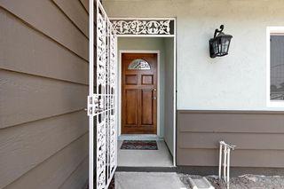 Photo 6: CHULA VISTA House for sale : 4 bedrooms : 475 Rivera Ct