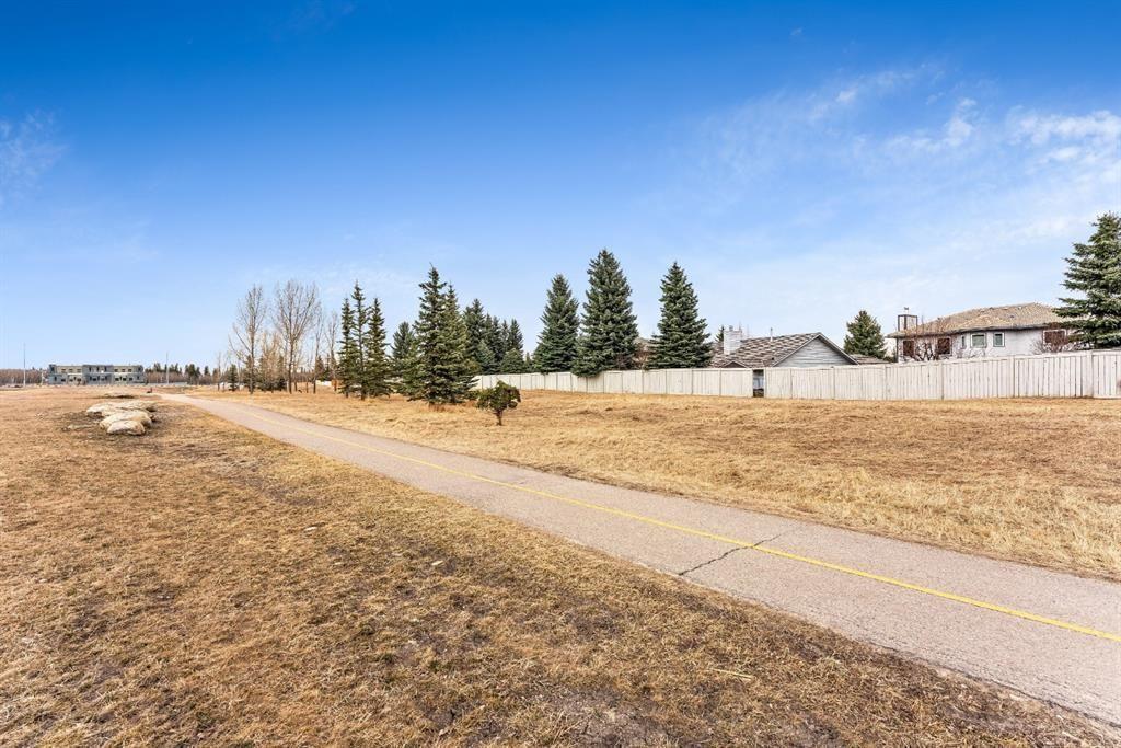 Photo 47: Photos: 91 Oakmount Court SW in Calgary: Oakridge Detached for sale : MLS®# A1090309