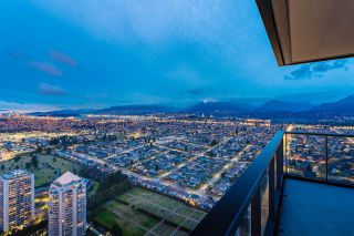 """Photo 16: 5011 4510 HALIFAX Way in Burnaby: Brentwood Park Condo for sale in """"Amazing Brentwood"""" (Burnaby North)  : MLS®# R2427605"""