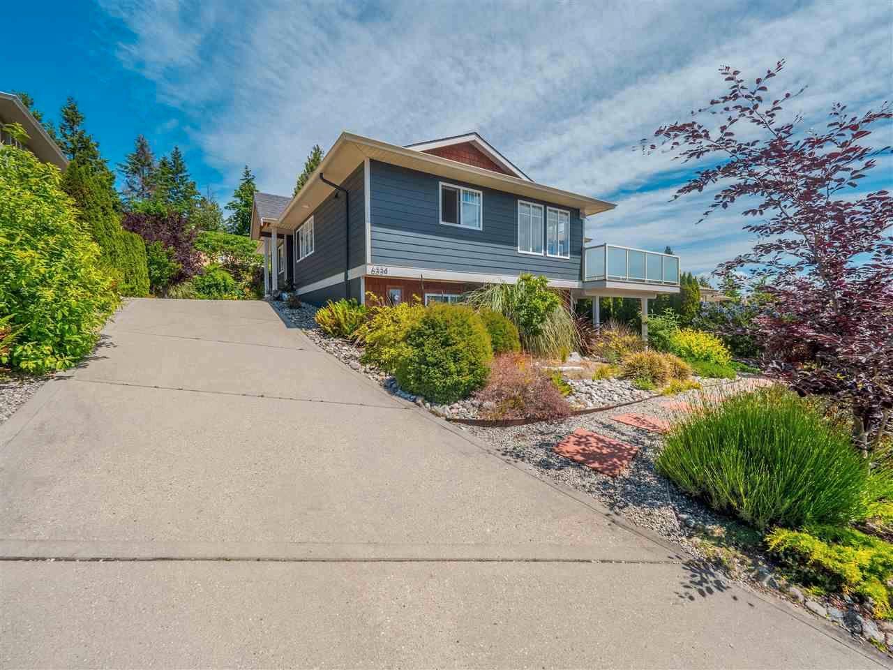 Main Photo: 6334 SAMRON Road in Sechelt: Sechelt District House for sale (Sunshine Coast)  : MLS®# R2589104