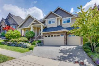 Photo 1: 5858 163B Street in Surrey: Cloverdale BC House for sale (Cloverdale)  : MLS®# R2473232
