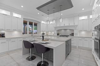 """Photo 14: 817 COTTONWOOD Avenue in Coquitlam: Coquitlam West House for sale in """"Central Coquitlam"""" : MLS®# R2593554"""