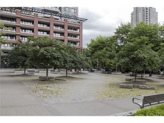Photo 18: 704 909 MAINLAND Street in Vancouver: Yaletown Condo for sale (Vancouver West)  : MLS®# V1072136