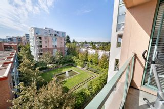 """Photo 11: 701 518 W 14TH Avenue in Vancouver: Fairview VW Condo for sale in """"PACIFICA"""" (Vancouver West)  : MLS®# R2614873"""