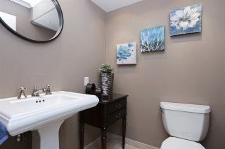 Photo 6: 112 1910 CHESTERFIELD Avenue in North Vancouver: Central Lonsdale Townhouse for sale : MLS®# R2213948