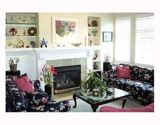 """Photo 2: 5468 LARCH Street in Vancouver: Kerrisdale Townhouse for sale in """"LARCHWOOD"""" (Vancouver West)  : MLS®# V632700"""