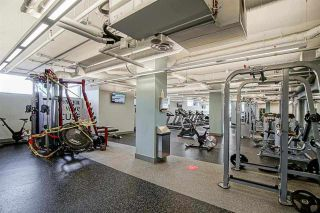 """Photo 5: 507 112 E 13TH Street in North Vancouver: Central Lonsdale Condo for sale in """"CENTER VIEW"""" : MLS®# R2572511"""