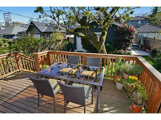 """Photo 18: 132 E 19TH Avenue in Vancouver: Main House for sale in """"MAIN STREET"""" (Vancouver East)  : MLS®# V1117440"""