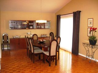 Photo 5: 67 RAMSGATE Bay in WINNIPEG: River Heights / Tuxedo / Linden Woods Residential for sale (South Winnipeg)  : MLS®# 1017724