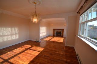 Photo 4: 20123 PATTERSON Avenue in Maple Ridge: Southwest Maple Ridge House for sale : MLS®# R2414530