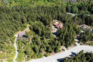 """Photo 2: 9032 RIVERSIDE Drive in Whistler: WedgeWoods Land for sale in """"WEDGEWOODS"""" : MLS®# R2588059"""