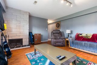 Photo 3: 1665 SMITH Avenue in Coquitlam: Central Coquitlam House for sale : MLS®# R2578794