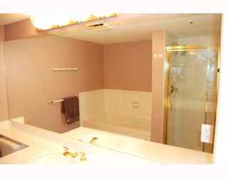 """Photo 9: 503 2988 ALDER Street in Vancouver: Fairview VW Condo for sale in """"SHAUGHNESSY GATE"""" (Vancouver West)  : MLS®# V789986"""