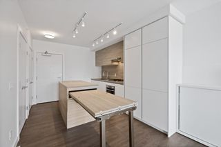 """Photo 14: 1708 652 WHITING Way in Coquitlam: Coquitlam West Condo for sale in """"MARQUEE AT LOUGHEED HEIGHTS"""" : MLS®# R2589949"""
