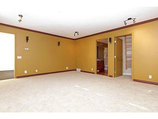 Photo 10: 640 LAKE SIMCOE Close SE in CALGARY: Lk Bonavista Estates Residential Detached Single Family for sale (Calgary)  : MLS®# C3598120