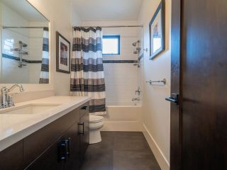 "Photo 26: 12658 15A Avenue in Surrey: Crescent Bch Ocean Pk. House for sale in ""CRESCENT BEACH  - OCEAN PARK"" (South Surrey White Rock)  : MLS®# R2506890"