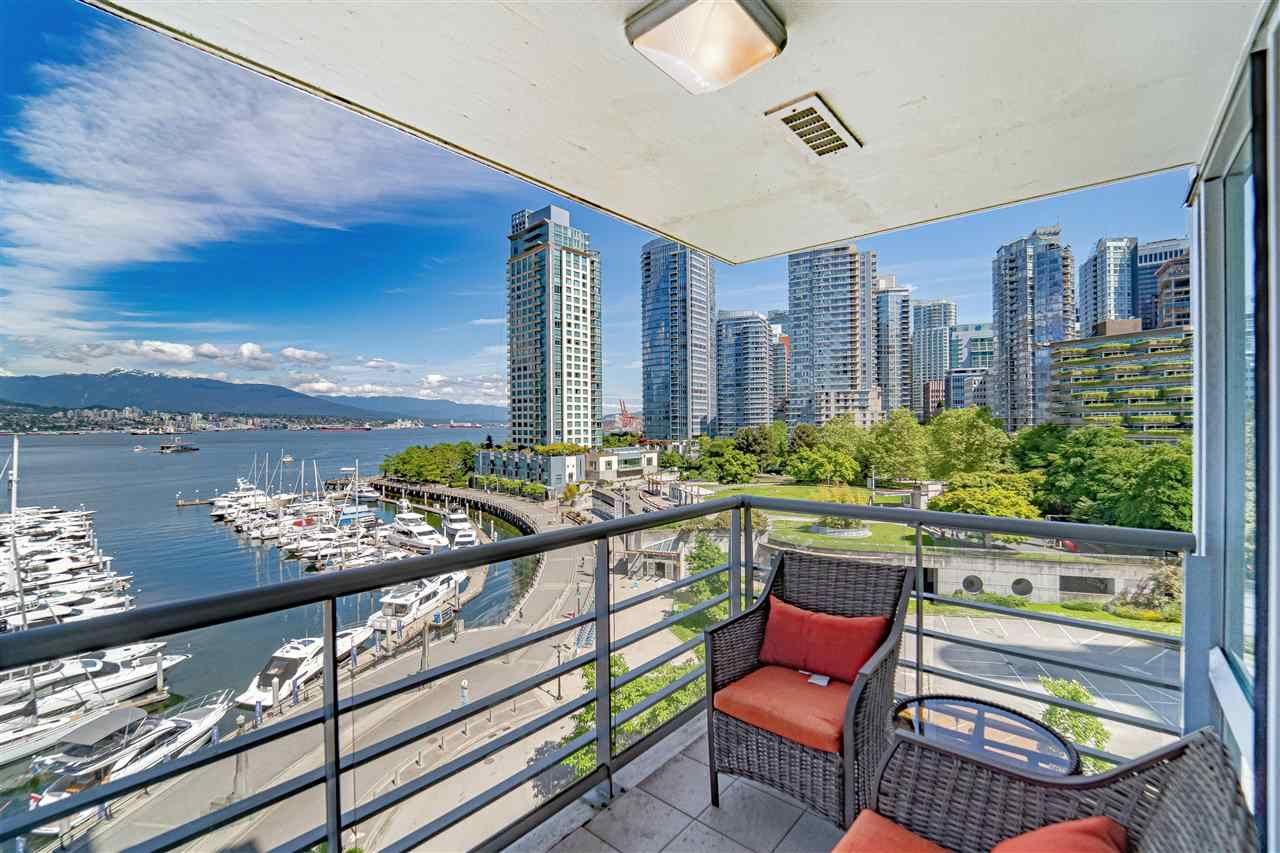 """Main Photo: 702 499 BROUGHTON Street in Vancouver: Coal Harbour Condo for sale in """"DENIA"""" (Vancouver West)  : MLS®# R2589873"""