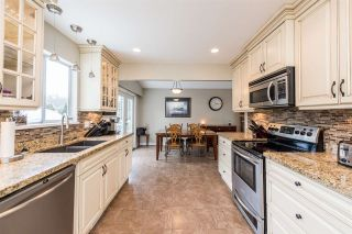 Photo 6: 26097 DEWDNEY TRUNK Road in Maple Ridge: Websters Corners House for sale : MLS®# R2260378
