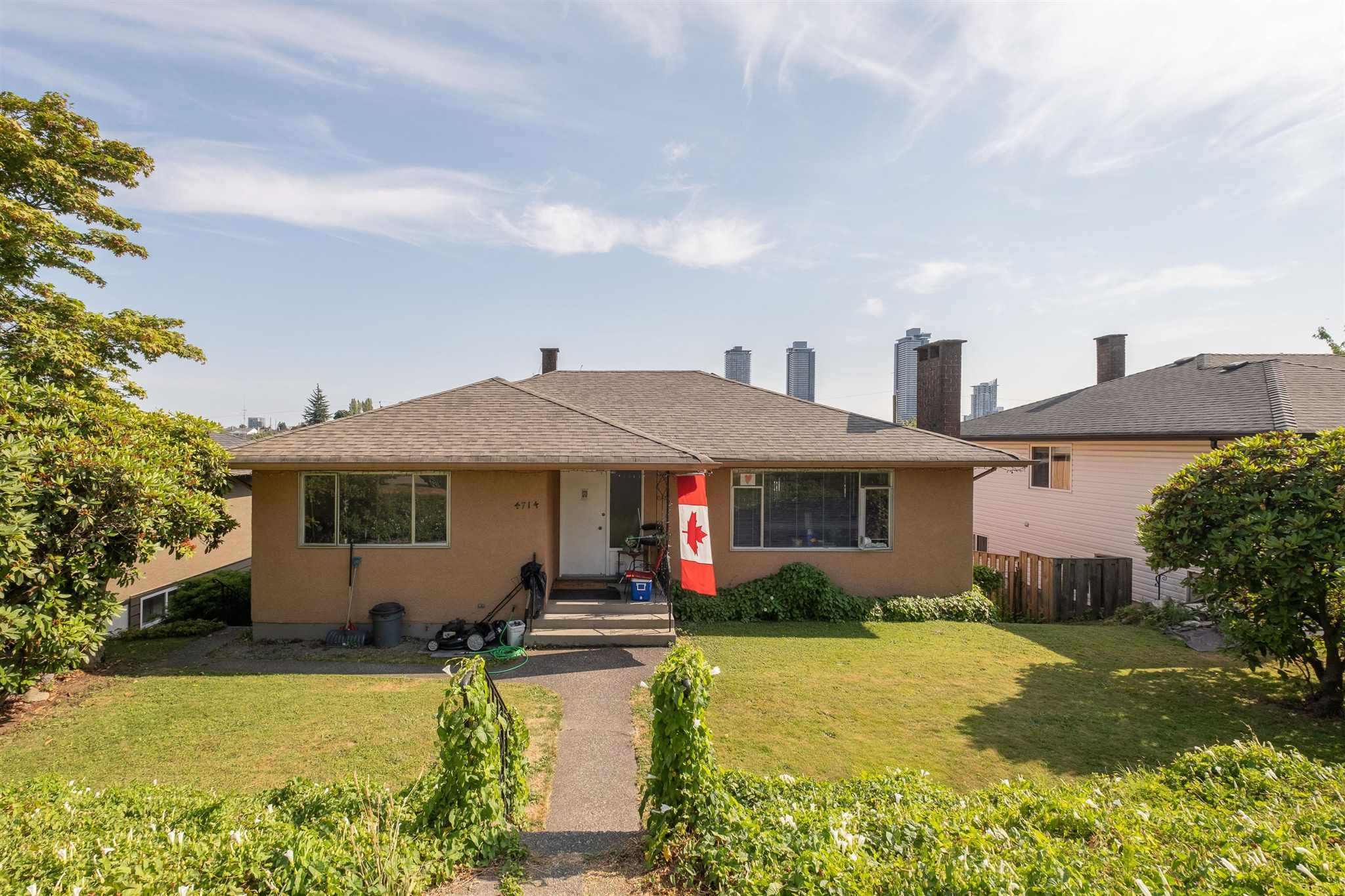 Main Photo: 4714 PARKER Street in Burnaby: Brentwood Park House for sale (Burnaby North)  : MLS®# R2614771