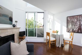 Photo 1: 18 1870 YEW Street in Vancouver: Kitsilano Condo for sale (Vancouver West)  : MLS®# R2621266