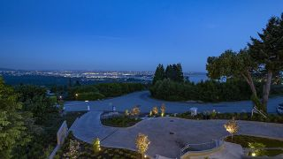 Photo 2: 1437 CHARTWELL Drive in West Vancouver: Chartwell House for sale : MLS®# R2625774