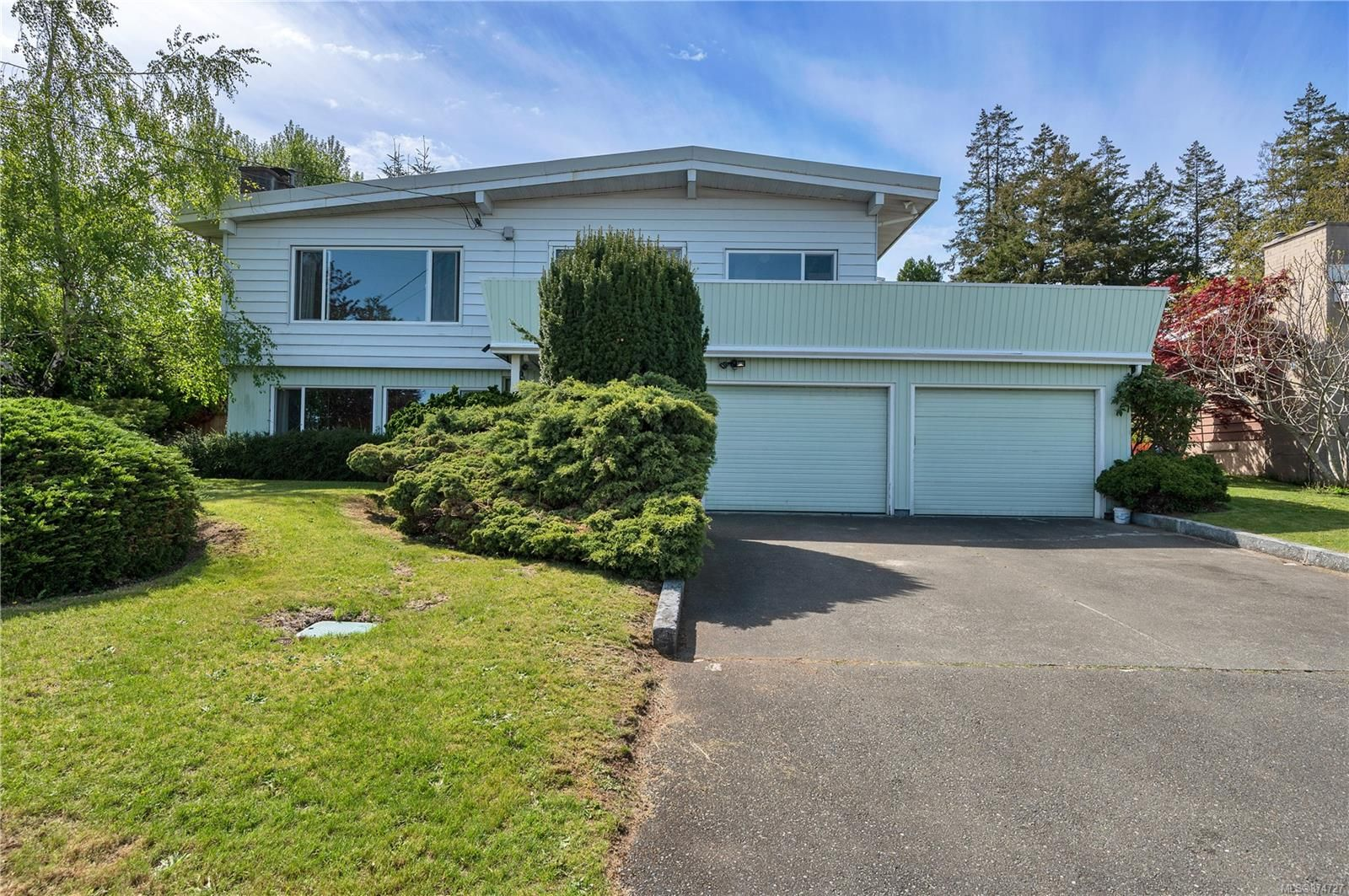 Main Photo: 232 McCarthy St in : CR Campbell River Central House for sale (Campbell River)  : MLS®# 874727