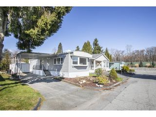 """Photo 26: 181 1840 160 Street in Surrey: King George Corridor Manufactured Home for sale in """"BREAKAWAY BAYS"""" (South Surrey White Rock)  : MLS®# R2585723"""