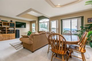 """Photo 8: 7947 TOPPER Drive in Mission: Mission BC House for sale in """"College Heights"""" : MLS®# R2381617"""