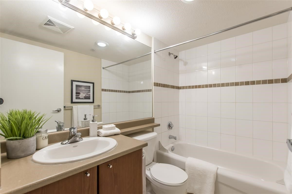 """Photo 16: Photos: 312 10088 148 Street in Surrey: Guildford Condo for sale in """"GUILDFORD PARK PLACE"""" (North Surrey)  : MLS®# R2526530"""