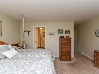 Photo 19: 110 2077 St Andrews Way in COURTENAY: CV Courtenay East Row/Townhouse for sale (Comox Valley)  : MLS®# 825107