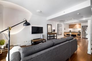 """Photo 3: 1063 HOMER Street in Vancouver: Yaletown Townhouse for sale in """"Domus"""" (Vancouver West)  : MLS®# R2591006"""