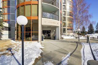 Photo 2: 241 20 COACHWAY Road SW in Calgary: Coach Hill Condo for sale : MLS®# C4167445