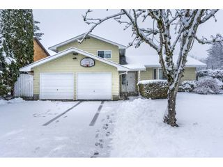 Photo 1: 26826 34TH Avenue in Langley: Aldergrove Langley House for sale : MLS®# R2141375