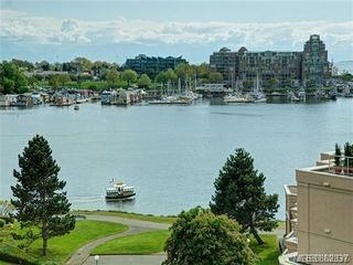 Photo 2: 206 68 Songhees Rd in : VW Songhees Condo for sale (Victoria West)  : MLS®# 882837