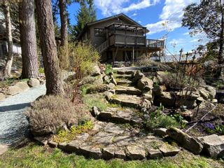 Photo 40: 3703 Signal Hill Rd in : GI Pender Island House for sale (Gulf Islands)  : MLS®# 870335