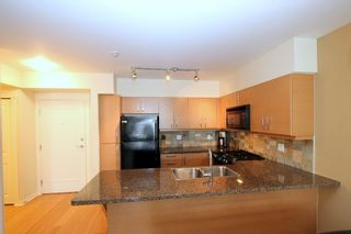"Photo 4: 215 1315 56 Street in Tsawwassen: Condo for sale in ""Oliva"" : MLS®# V834717"