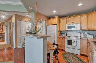 Photo 7: 105 390 S Island Hwy in : CR Campbell River South Condo for sale (Campbell River)  : MLS®# 878133